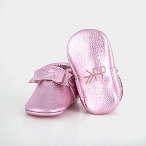 FRESHLY PICKED FROSTED ROSE MOCCASINS